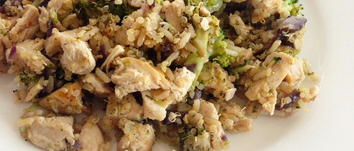 Organic Chicken & Quinoa Salad with Mushrooms & Broccoli