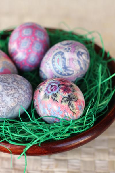 silk dyed egg tutorial