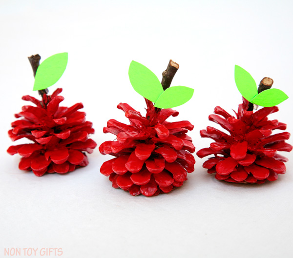pine-cone-apple-crafts